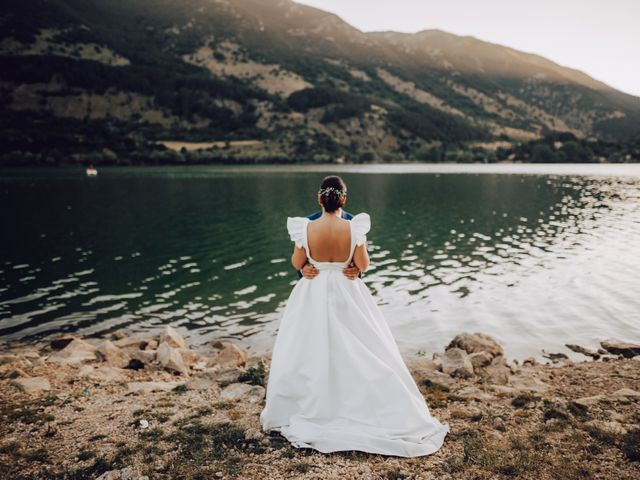 Il matrimonio di Roberto e Mariasole a Scanno, L'Aquila 54