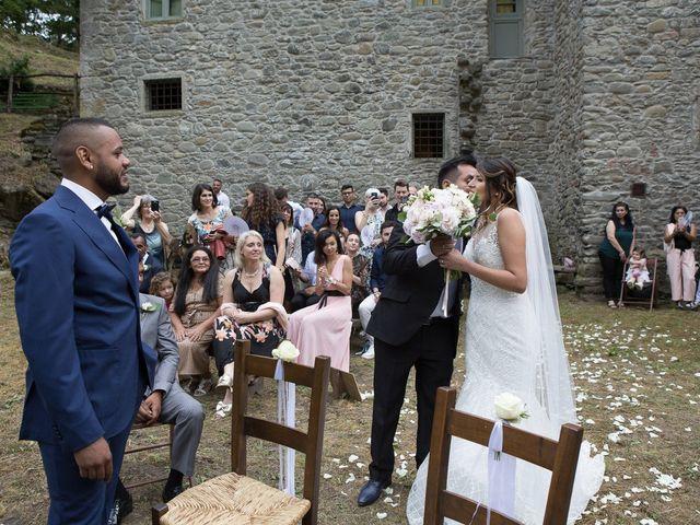 Il matrimonio di Josivaldo e Alessandra a Piteglio, Pistoia 23