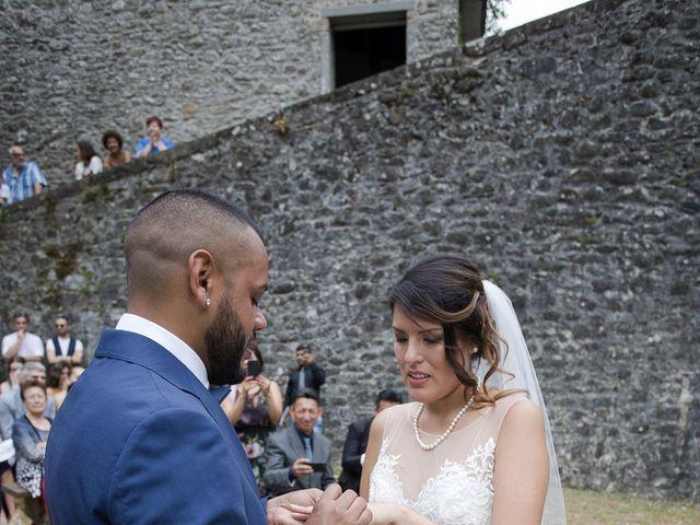 Il matrimonio di Josivaldo e Alessandra a Piteglio, Pistoia 29