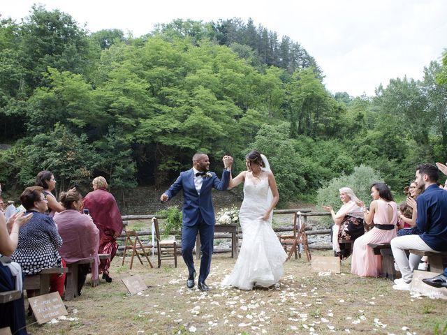 Il matrimonio di Josivaldo e Alessandra a Piteglio, Pistoia 31
