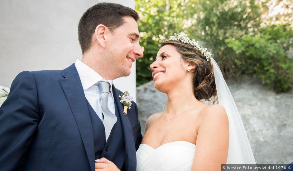 Il matrimonio di Mauro e Nadia a Furore, Salerno
