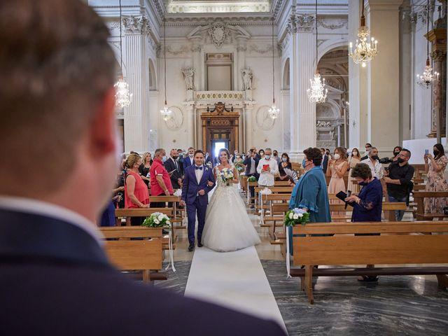 Il matrimonio di Gionata e Stefania a Fermo, Fermo 10
