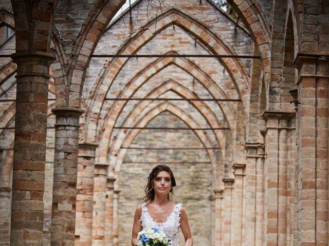 Il matrimonio di Gionata e Stefania a Fermo, Fermo 19
