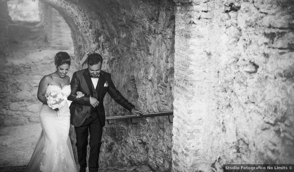 Il matrimonio di Giuseppe e Elvira a Ardore, Reggio Calabria