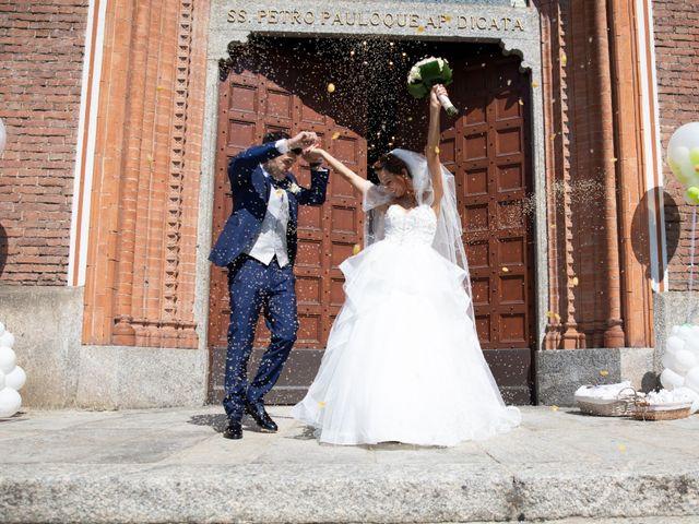 Il matrimonio di Simone e Denise a Varedo, Monza e Brianza 36