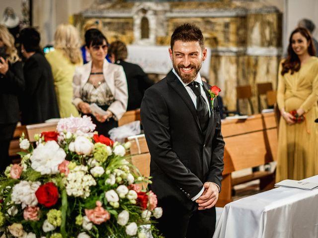 Il matrimonio di Luca e Silvia a Pesaro, Pesaro - Urbino 20