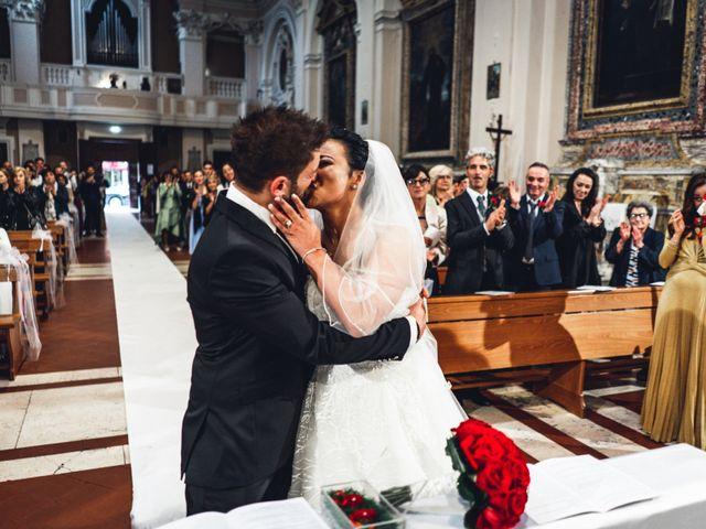 Il matrimonio di Luca e Silvia a Pesaro, Pesaro - Urbino 32