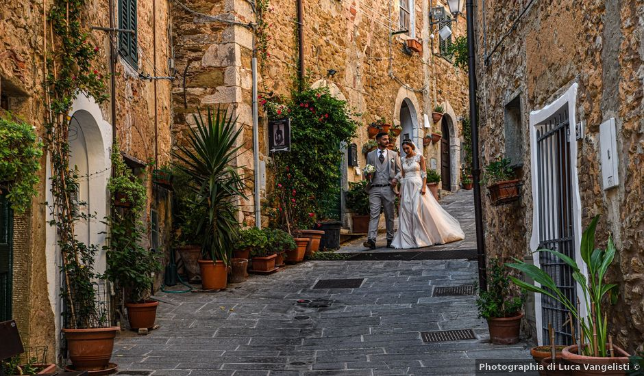 Il matrimonio di Mattia e Marta a Campiglia Marittima, Livorno