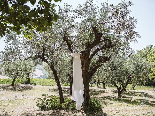 Il matrimonio di Michael e Morgana a Fossombrone, Pesaro - Urbino 4