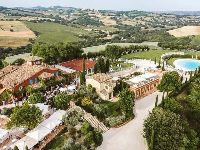 Il matrimonio di Michael e Morgana a Fossombrone, Pesaro - Urbino 25