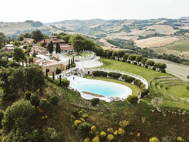 Il matrimonio di Michael e Morgana a Fossombrone, Pesaro - Urbino 27