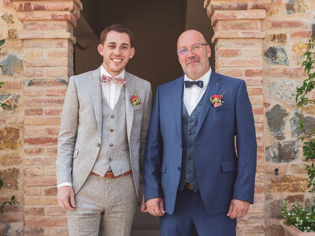 Il matrimonio di Valentin e Violette a Castiglione del Lago, Perugia 11