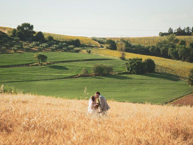 Il matrimonio di Valentin e Violette a Castiglione del Lago, Perugia 26