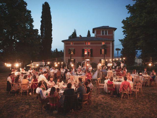 Il matrimonio di Valentin e Violette a Castiglione del Lago, Perugia 36