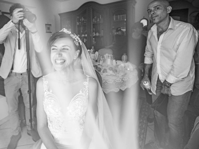 Il matrimonio di Nicola e Anna a Procida, Napoli 11