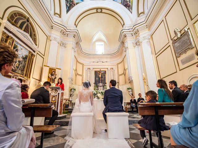 Il matrimonio di Nicola e Anna a Procida, Napoli 21