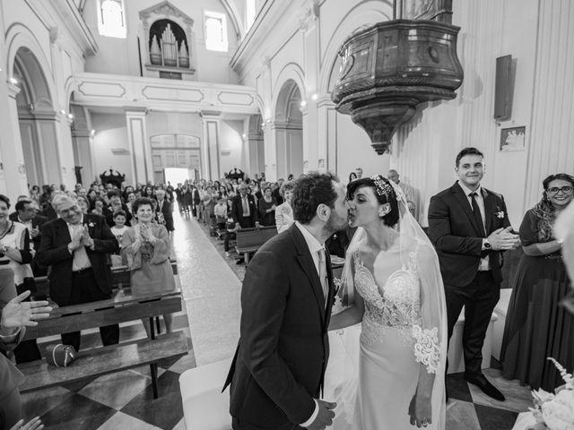 Il matrimonio di Nicola e Anna a Procida, Napoli 24