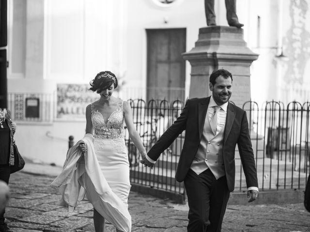 Il matrimonio di Nicola e Anna a Procida, Napoli 34