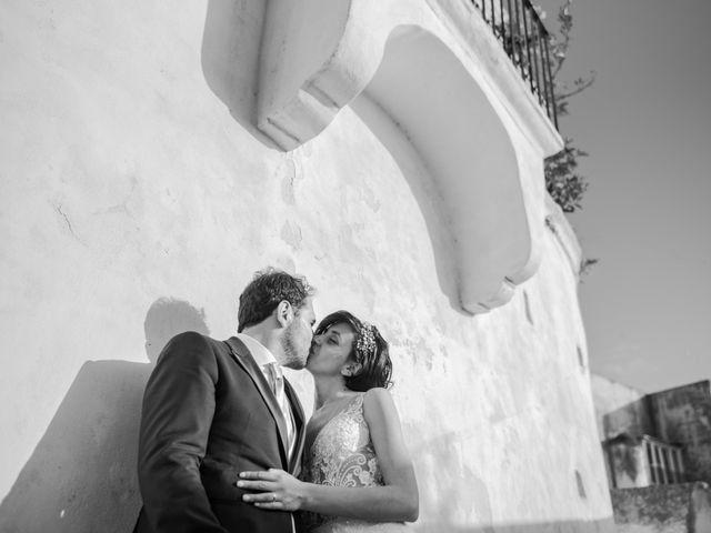 Il matrimonio di Nicola e Anna a Procida, Napoli 37