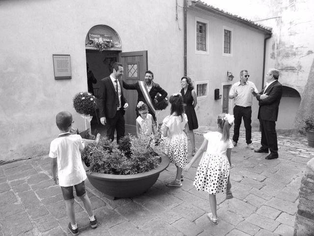 Il matrimonio di Simone e Amarylis a Serravalle Pistoiese, Pistoia 23