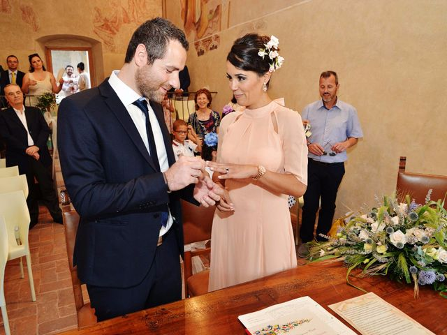 Il matrimonio di Simone e Amarylis a Serravalle Pistoiese, Pistoia 31