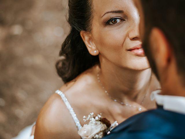 Il matrimonio di Giuseppe e Antonella a Palmariggi, Lecce 23