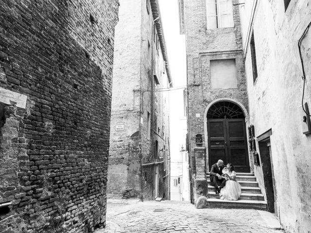 Il matrimonio di Andrea e Giada a Serra de' Conti, Ancona 43