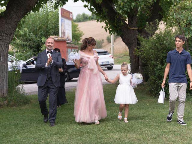 Il matrimonio di Andrea e Giada a Serra de' Conti, Ancona 60
