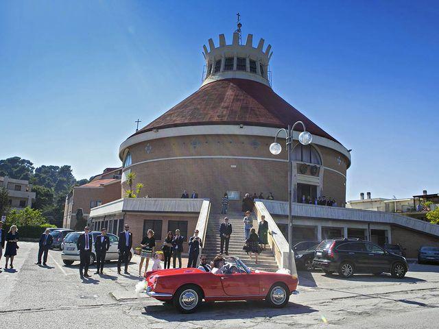 Il matrimonio di Claudio e Anastasia a Porto San Giorgio, Fermo 22