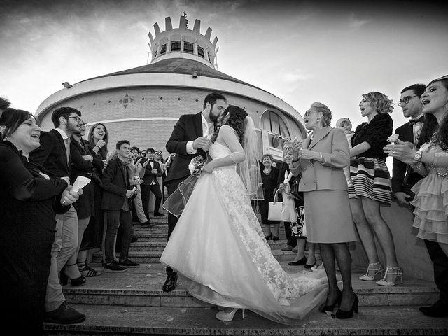 Il matrimonio di Claudio e Anastasia a Porto San Giorgio, Fermo 34
