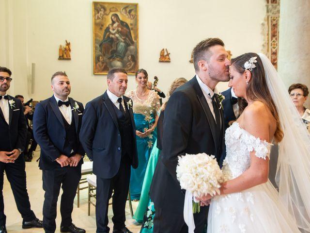 Il matrimonio di Giuseppe e Ania a Gravina in Puglia, Bari 19