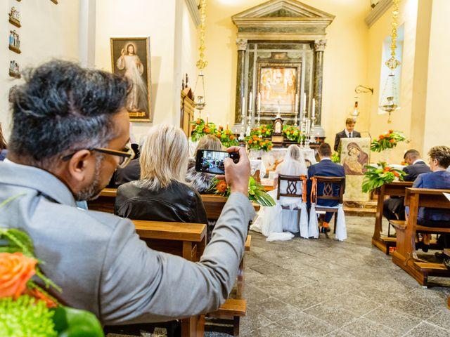 Il matrimonio di Luca e Valentina a Uggiate -Trevano, Como 27