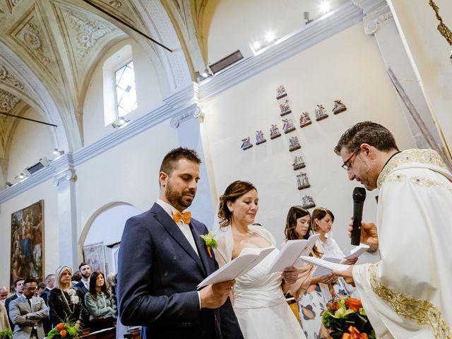 Il matrimonio di Luca e Valentina a Uggiate -Trevano, Como 28