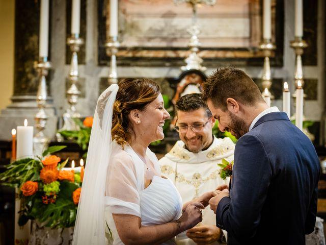 Il matrimonio di Luca e Valentina a Uggiate -Trevano, Como 30