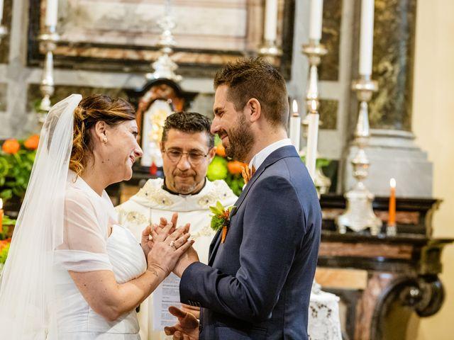 Il matrimonio di Luca e Valentina a Uggiate -Trevano, Como 31