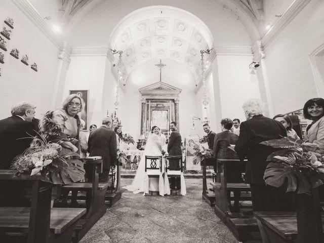 Il matrimonio di Luca e Valentina a Uggiate -Trevano, Como 37
