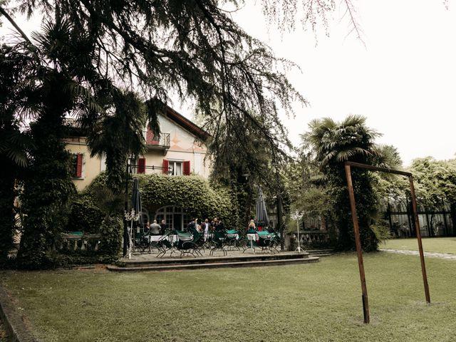 Il matrimonio di Luca e Valentina a Uggiate -Trevano, Como 56