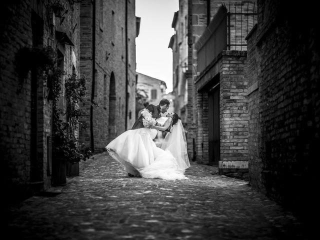 Il matrimonio di Renzo e Silvia a Civitanova Marche, Macerata 29