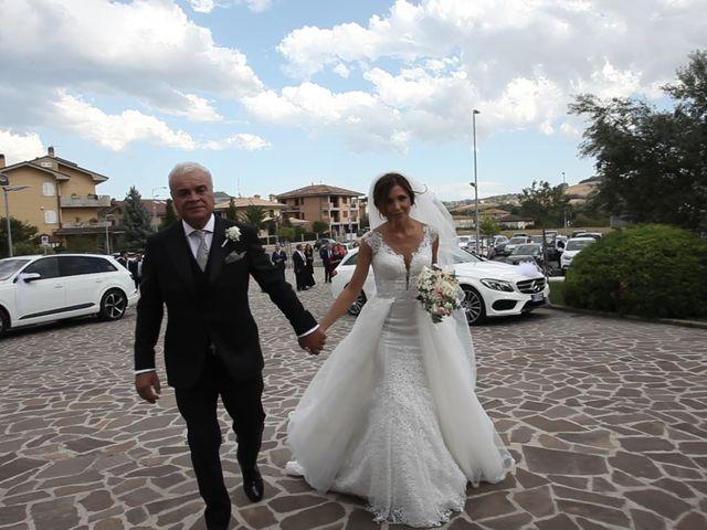 Il matrimonio di Matteo e Roberta a Fermo, Fermo 11