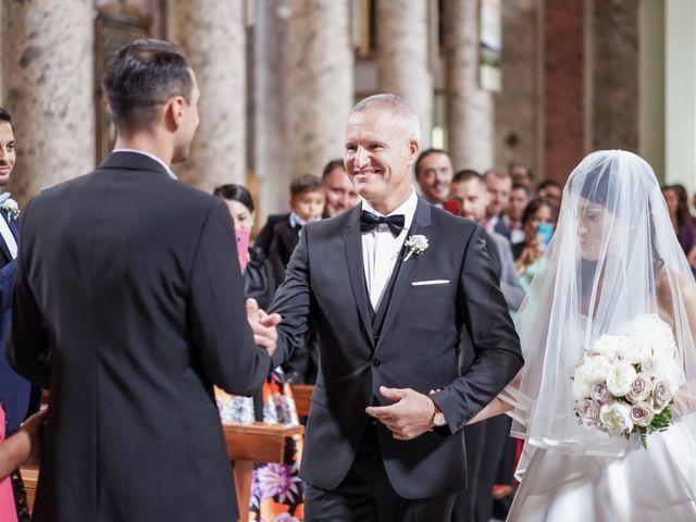Il matrimonio di Gennaro e Jessica a Caserta, Caserta 34