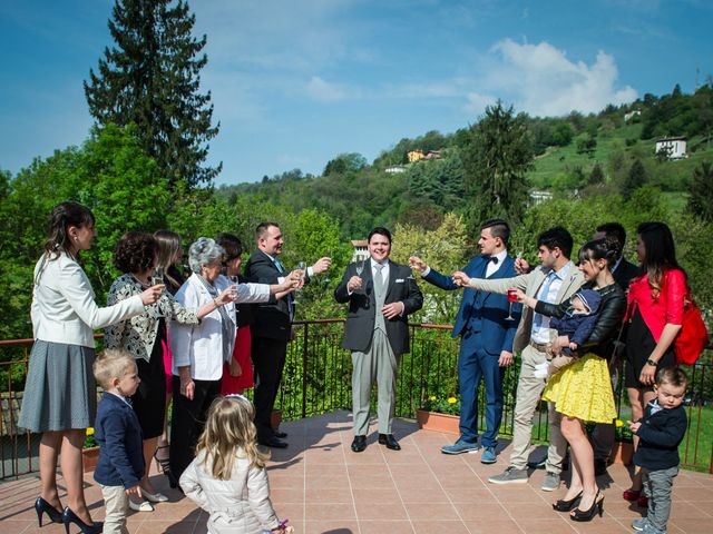 Il matrimonio di Diego e Naomi a Leffe, Bergamo 20