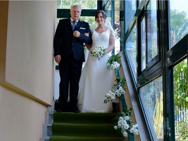 Il matrimonio di Paola e Raffaele a Napoli, Napoli 12
