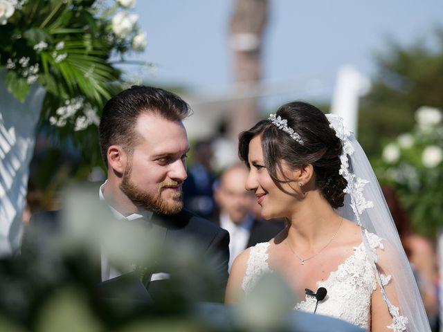 Il matrimonio di Paola e Raffaele a Napoli, Napoli 17
