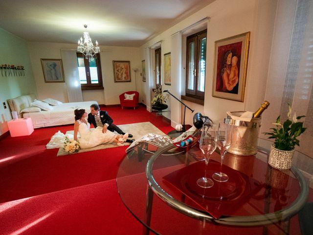 Il matrimonio di Monica e Fabio a Prato, Prato 11