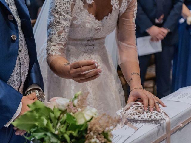Il matrimonio di Francesco e Vanessa a Marchirolo, Varese 23