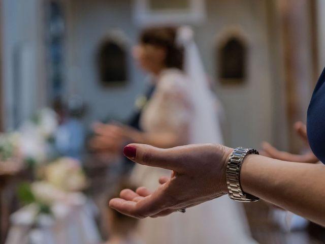 Il matrimonio di Francesco e Vanessa a Marchirolo, Varese 19