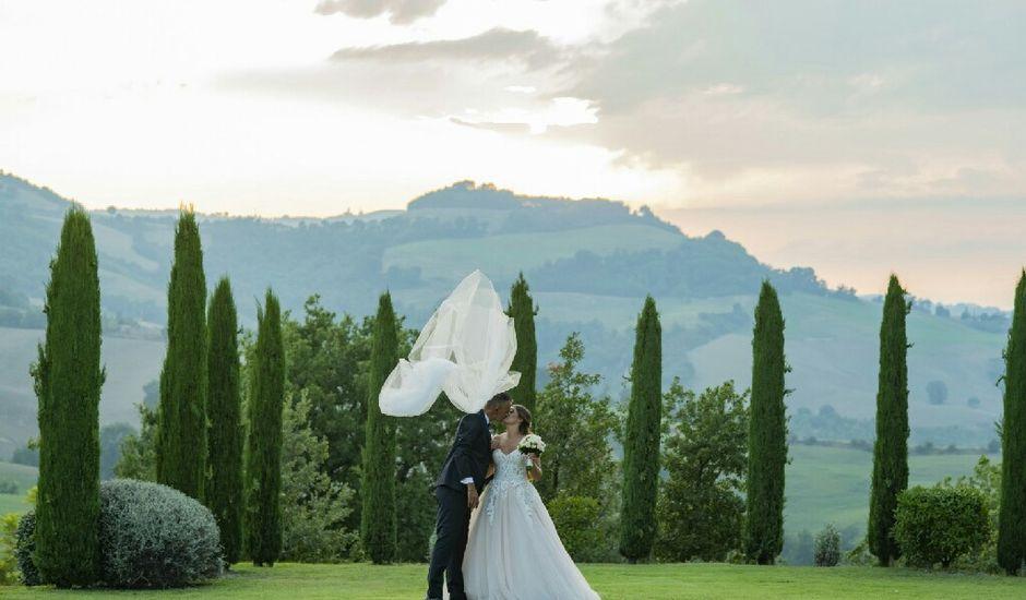 Il matrimonio di Klesti e Marianna a Fossombrone, Pesaro - Urbino