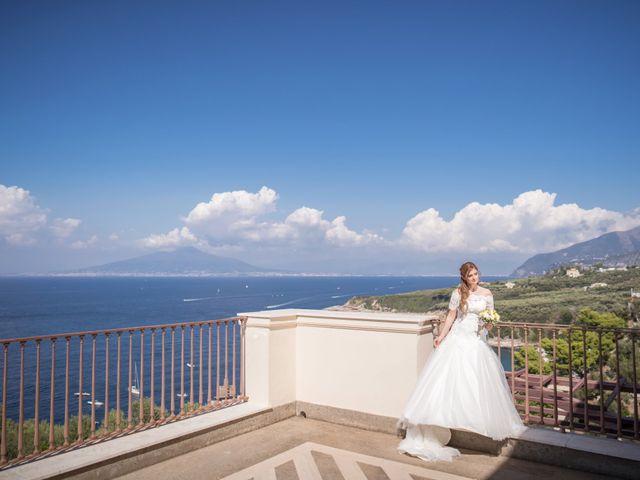 Il matrimonio di Alessandro e Angela a Sorrento, Napoli 17