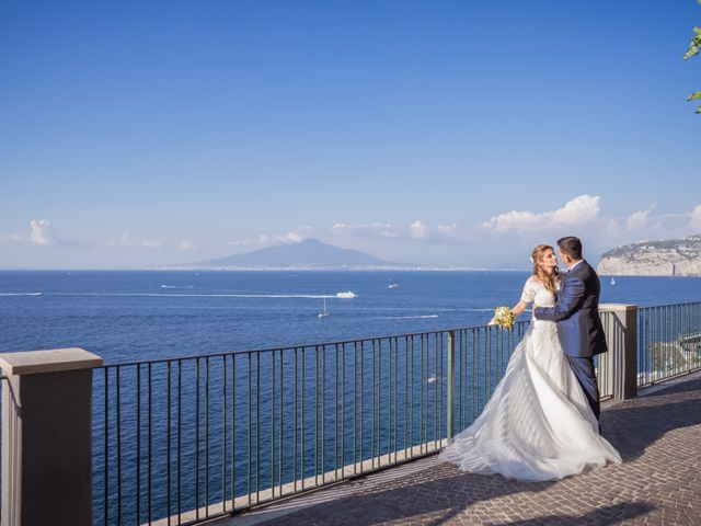 Il matrimonio di Alessandro e Angela a Sorrento, Napoli 31