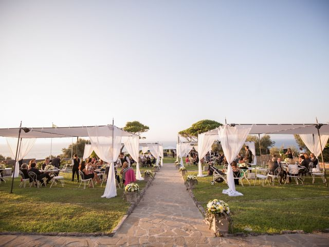 Il matrimonio di Alessandro e Angela a Sorrento, Napoli 39